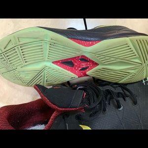 Used Nike Kobe Venomenon Basketball Shoes Size 14